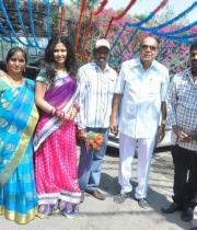 lakshmi-raave-maa-intiki-new-movie-launch-5