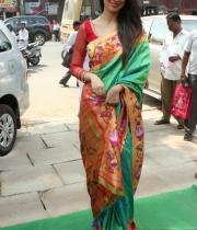 actress-lakshmi-rai-launches-shree-niketan-showroom_15