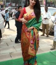 actress-lakshmi-rai-launches-shree-niketan-showroom_21