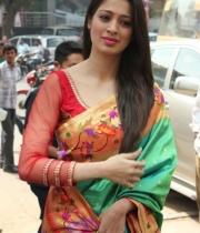 actress-lakshmi-rai-launches-shree-niketan-showroom_5