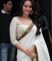 lootera-movie-first-look-launch-photostills-pictures-05_s_573