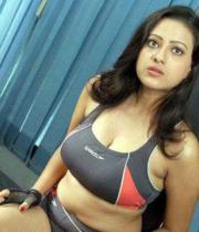 madalasa-sharma-hot-photos-in-gym-outfit-03