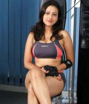 madalasa-sharma-hot-photos-in-gym-outfit-10