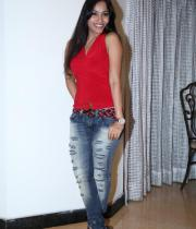 madhavi-latha-photo-stills-15