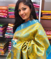 madhavi-latha-latest-photos-1