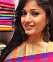madhavi-latha-latest-photos-10