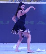 madhu-shalini-dance-performance-at-tollywood-channel-launch-17