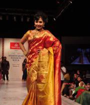 madhu-shalini-ramp-walk-at-hyderabad-fashion-week-11