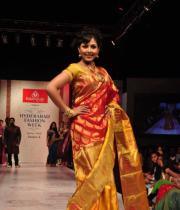 madhu-shalini-ramp-walk-at-hyderabad-fashion-week-12