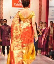 madhu-shalini-ramp-walk-at-hyderabad-fashion-week-14