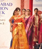 madhu-shalini-ramp-walk-at-hyderabad-fashion-week-15