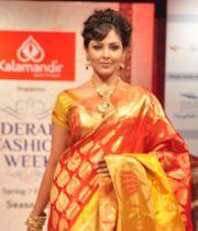 madhu-shalini-ramp-walk-at-hyderabad-fashion-week-2