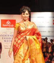madhu-shalini-ramp-walk-at-hyderabad-fashion-week-4