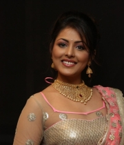 madhushalini-hot-photos-at-teach-for-change-fashion-show-31