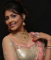 madhushalini-hot-photos-at-teach-for-change-fashion-show-33