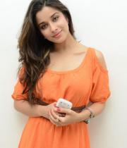 madhurima-new-stills-in-orange-dress-10