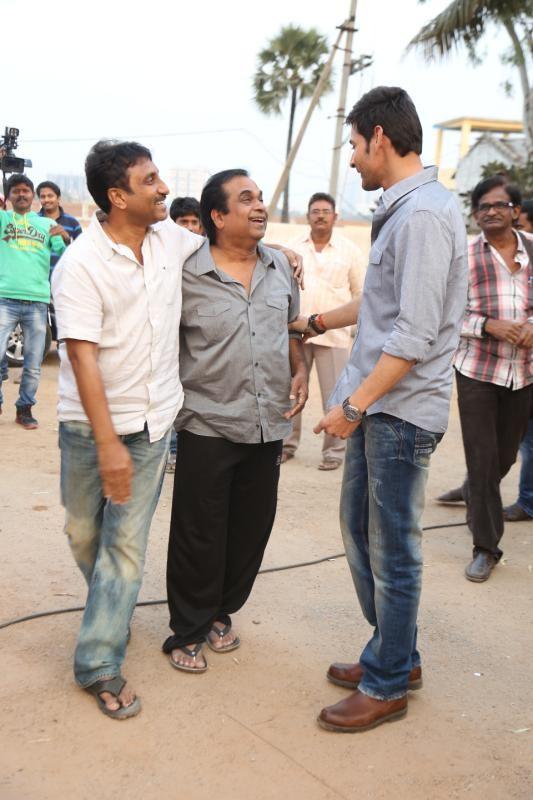 mahesh-babu-and-tamanna-at-basanti-trailer-launch-photos-55