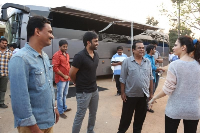 mahesh-babu-and-tamanna-at-basanti-trailer-launch-photos-61