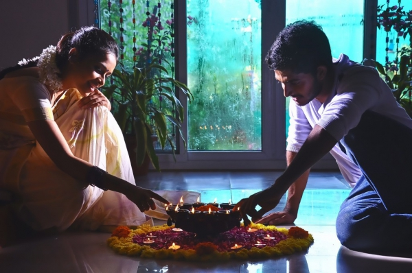 mallela-teeramlo-sirimalle-puvvu-movie-stills-14