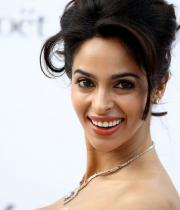 mallika-sherawat-hot-cleavage-at-cannes-2011-4