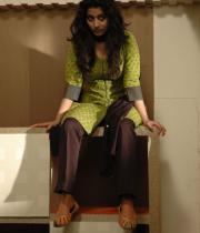 meera-jasmin-new-stills-from-moksha-103