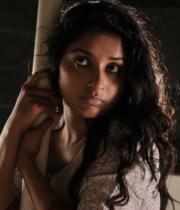 meera-jasmin-new-stills-from-moksha-155