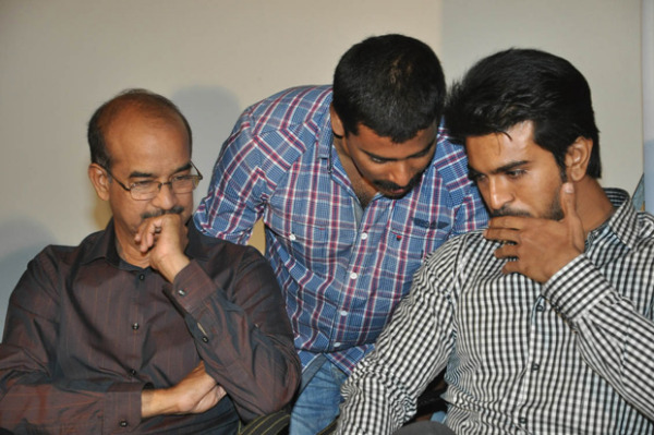 mega-chiranjeevitham-book-launch-photos-10