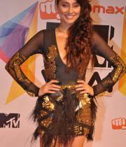 celeb-hot-photos-at-micromax-mtv-video-music-awards-india-2013-04