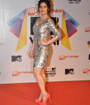 celeb-hot-photos-at-micromax-mtv-video-music-awards-india-2013-10