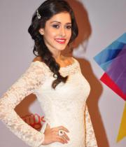 celeb-hot-photos-at-micromax-mtv-video-music-awards-india-2013-13