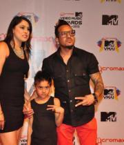 celeb-hot-photos-at-micromax-mtv-video-music-awards-india-2013-15