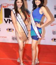 celeb-hot-photos-at-micromax-mtv-video-music-awards-india-2013-18