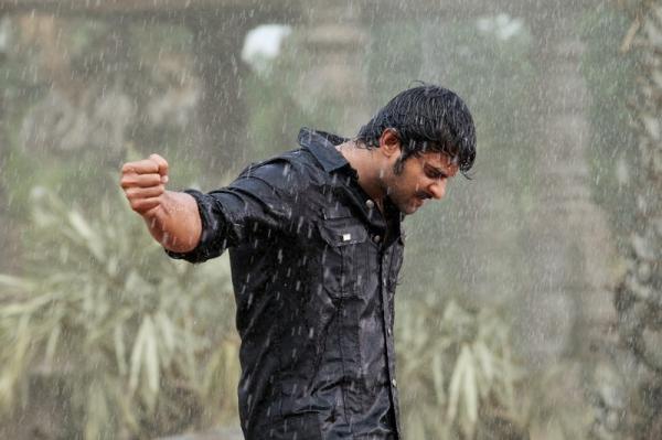 mirchi-movie-rain-fight-scene-photos-02