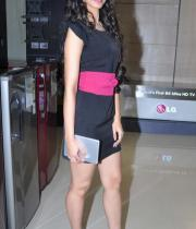 miss-india-navneet-kaur-at-reliance-digital-store-12