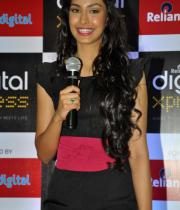miss-india-navneet-kaur-at-reliance-digital-store-7