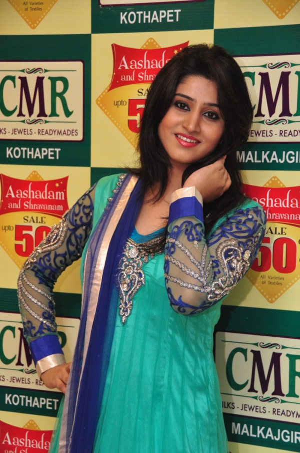 model-shamili-photos-at-aashadam-sale-13