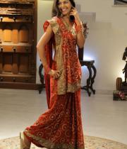 monal-gajjar-latest-saree-photos-14