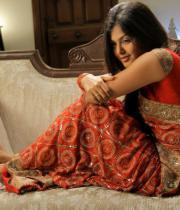 monal-gajjar-latest-saree-photos-3