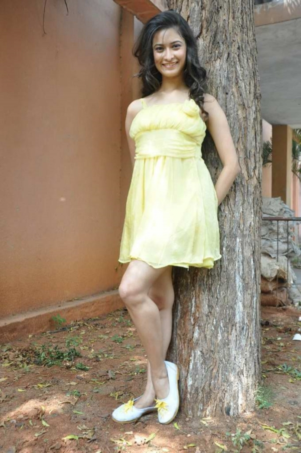 mrudula-latest-photos-in-skirt-19