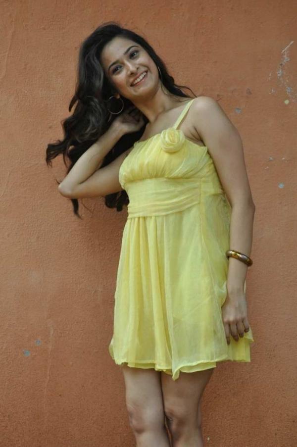mrudula-latest-photos-in-skirt-4