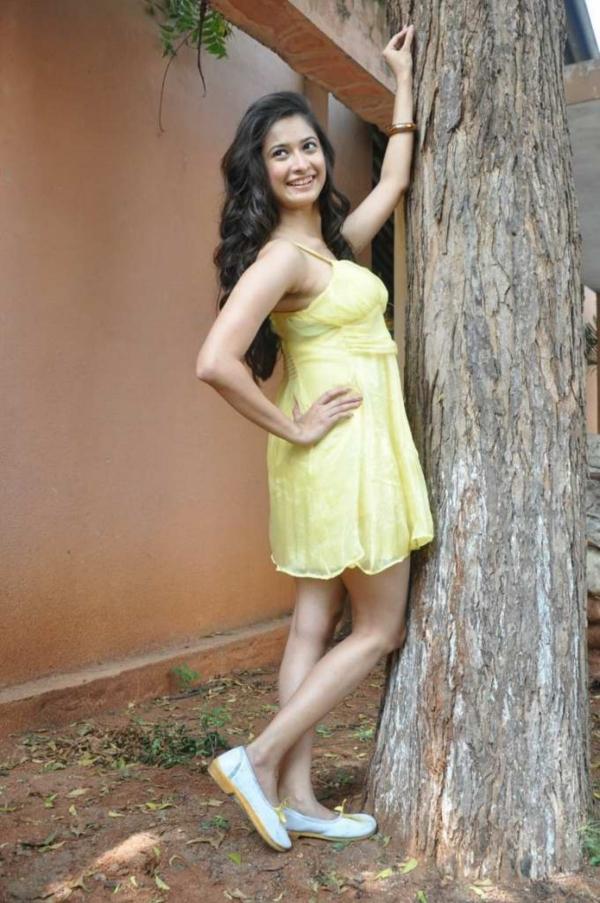 mrudula-latest-photos-in-skirt-7