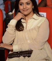 nadhiya-at-attarintiki-daredi-audio-15