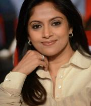 nadhiya-at-attarintiki-daredi-audio-9