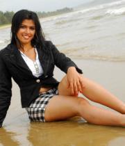 nakshatra-hot-beach-07