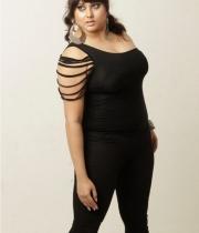 namita-latest-images-05