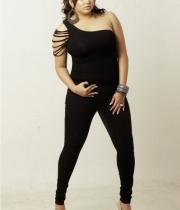 namita-latest-images-09
