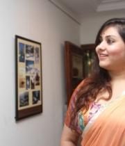 426_4_namitha-at-dr-batra-photography-exhibition-launch-4