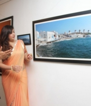 426_5_namitha-at-dr-batra-photography-exhibition-launch-5