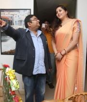 426_7_namitha-at-dr-batra-photography-exhibition-launch-7