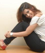 nanditha-guptha-new-photo-stills-2